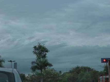 Inmet mantém alerta de tempestade com queda de granizo em MS