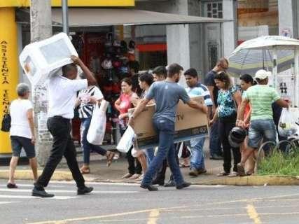 Comércio se mobiliza contra projeto que muda regra do protesto de clientes