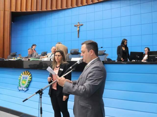 Marcio Fernandes apresentou projeto de lei que poderá beneficiar candidatos com surdez parcial (Foto: Divulgação)