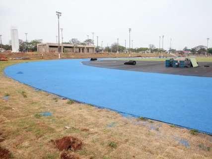 Com aditivo de R$ 800 mil, pista de atletismo vai ganhar arquibancada