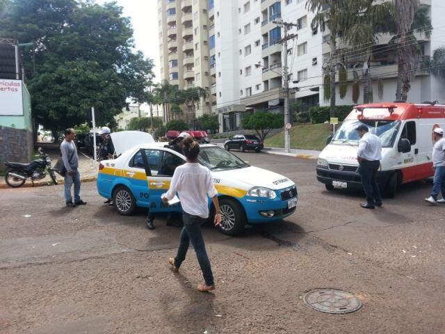 Policiais da Ciptran atendem mais um acidente no cruzamento das ruas Eduardo Santos Pereira e 13 de Junho. (Foto: Adriano Hany)