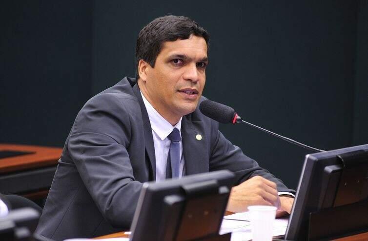 Cabo Daciolo durante sessão da Câmara dos Deputados (Foto: Zeca Ribeiro/Câmara dos Deputados)