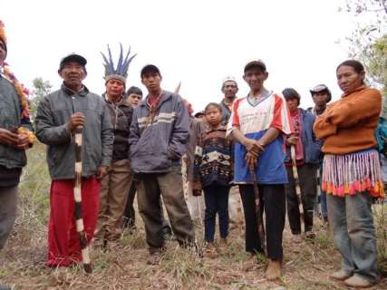 Justiça mantém índios em  Iguatemi e pede harmonia