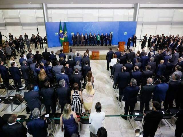 Programa Verde e Amarelo, voltado para a criação de empregos, foi lançado na segunda-feira, no Palácio do Planalto. (Foto: Isac Nóbrega/Agência Brasil)