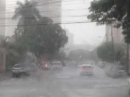 Em abril atípico, chuva acumulada é 100% maior que o esperado para o mês