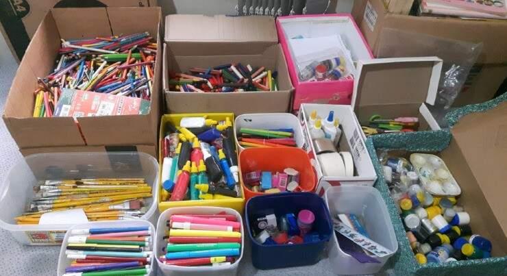 Materiais separados para ser reutilizado na escola.