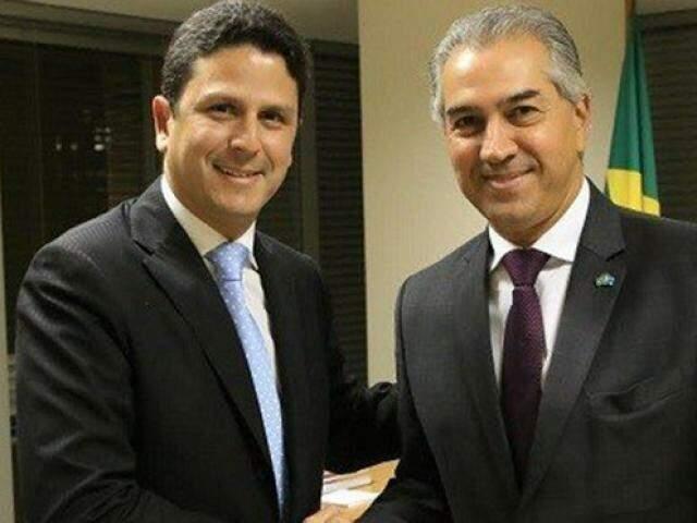 Bruno Araújo com o governador Reinaldo Azambuja (PSDB) durante agenda em Brasília. (Foto: Ministério das Cidades/Arquivo).