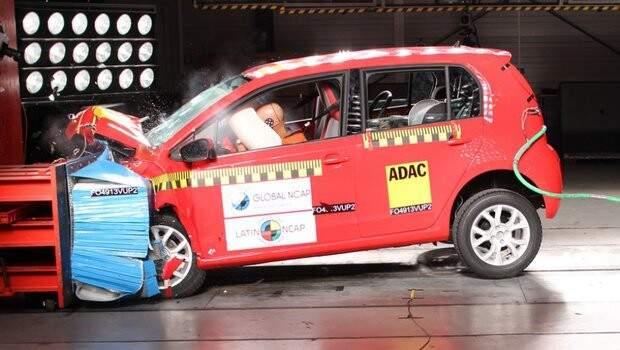 VW up! recebe a melhor pontuação no crash test