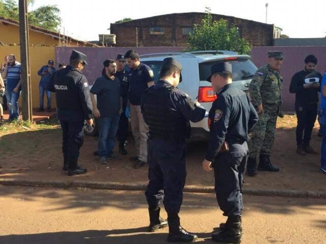 Médico paraguaio foi executado dentro do carro em Pedro Juan Caballero (Foto: Direto das Ruas)