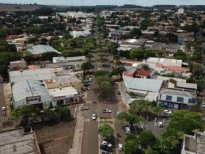 Avenida Campo Grande, em Naviraí; município é o maior do sul de MS. (Foto: Divulgação)