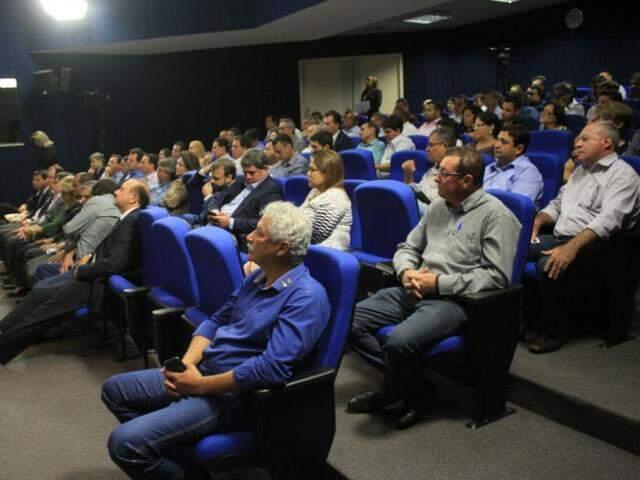 Evento teve a participação de 40 prefeitos no período da manhã (Foto: Marina Pacheco)