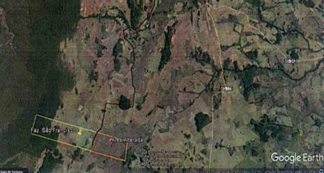 Imagem anexada ao processo mostra fazenda São Francisco (polígono amarelo) e área de vistoria (polígono vermelho). (Foto: Reprodução)