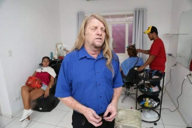 Fé de marido, frentista herói e retorno do cabeleireiro deram o que falar na web