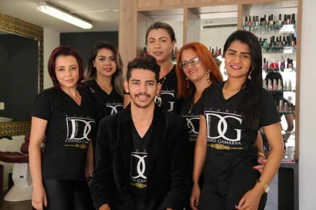 Equipe do estúdio DG Hair Criative