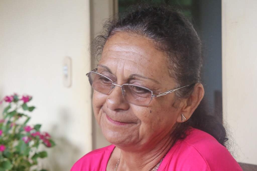 Maralúcia ainda não consegue como serão os dias sem o filho, mas o amor de mãe é também gratidão pelos 30 anos em que ele esteve presente (Foto: Paulo Francis)