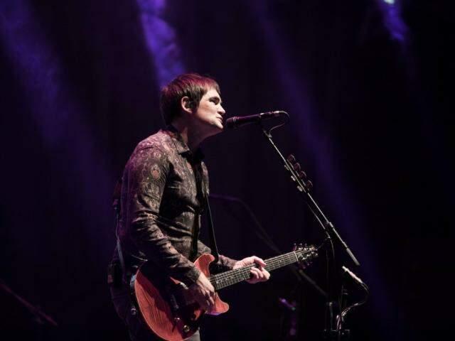 O vocalista da banda Skank, Samuel Rosa foi quem anunciou a informação (Foto: Divulgação)