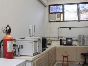 Laboratório da Química, na UFMS. (Foto: Marina Pacheco)