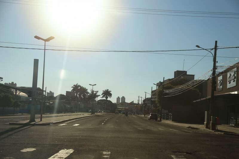 Em Campo Grande, a máxima prevista para hoje (10) é de 32ºC. (Foto: Fernando Antunes)