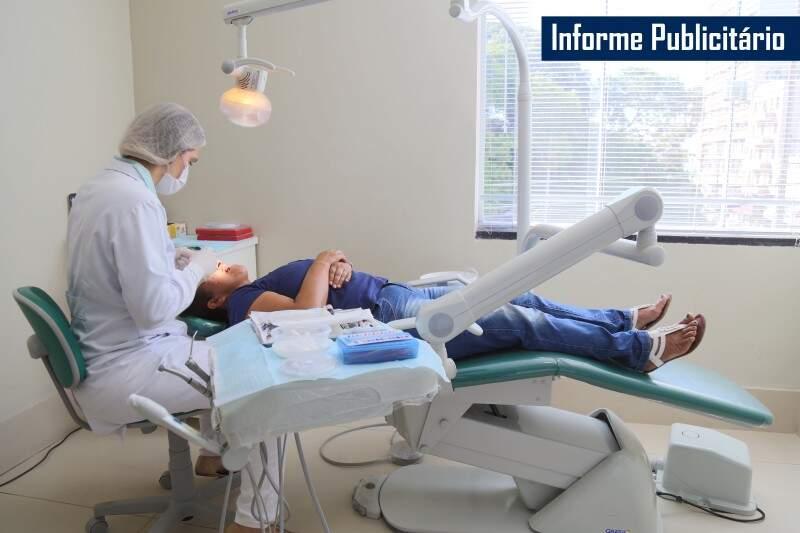 IInstituto Ortoimplante oferece implantes de qualidade com preço acessível. (Foto: Fernando Antunes)