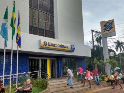 'Vulto' derruba sistema e impede saques em agência do Banco do Brasil no Centro