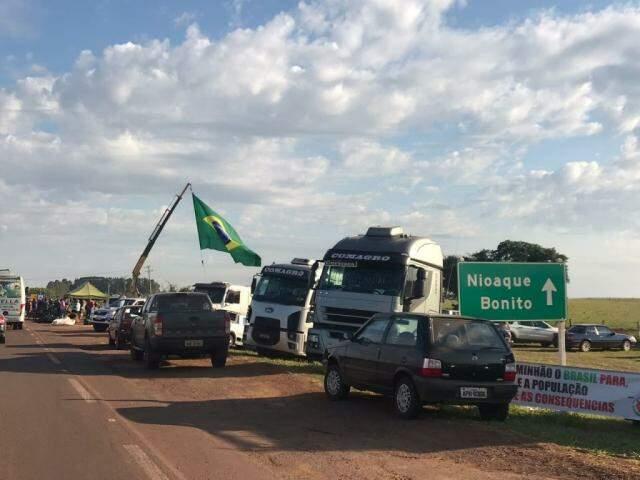 Bloqueios se espalham também pelo interior do Estado. (Foto: Lucimar Couto)