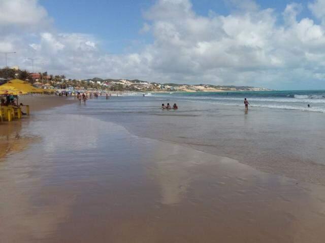 Praia de Ponta Negra em Natal, um dos destinos recomendados para esta época do ano (Foto: Ricardo Campos Jr.)