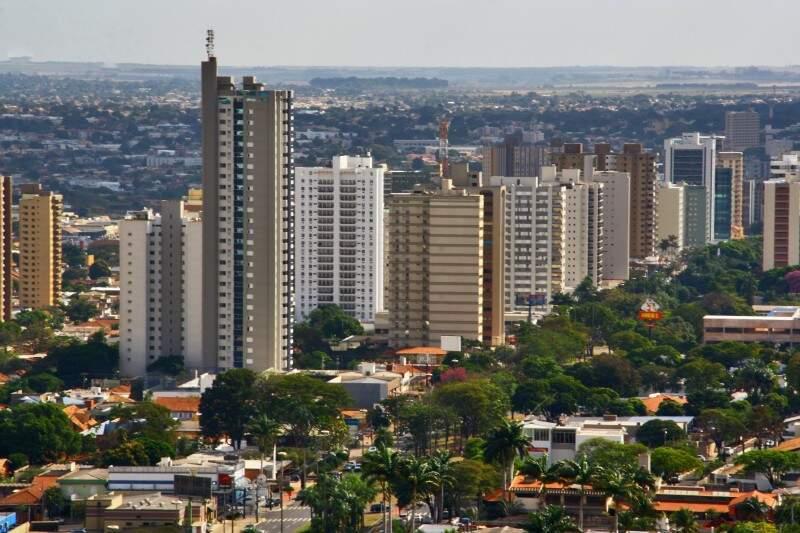 """""""Primeiro, celebrar uma cidade abençoada que se recupera rápido e começa a voltar a ser feliz"""", diz Olarte, sobre os desejos para a Capital (Foto: Marcos Ermínio)"""