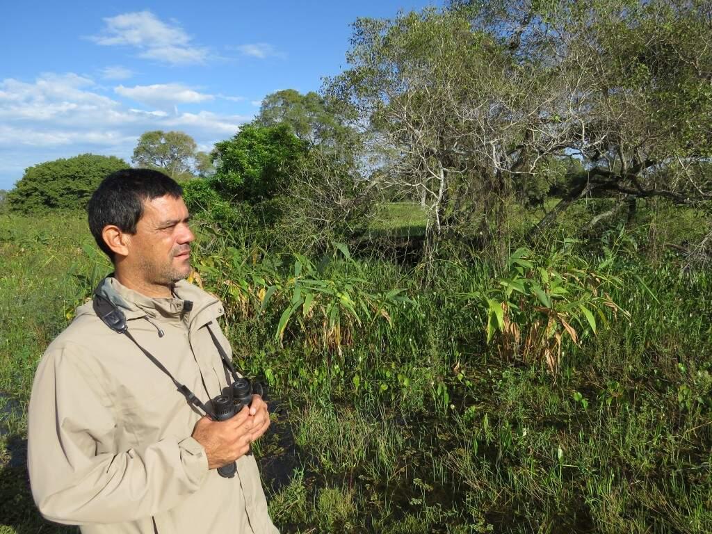 Hoje guia de turismo, o nativo das terras pantaneiras conhece com facilidade os locais onde leva seus clientes. (Foto: Arquivo Pessoal)