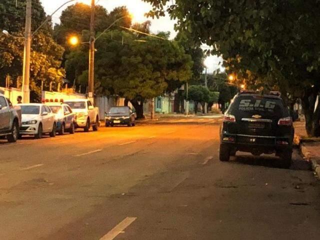 Policiais civis e militares amanheceram nas ruas (Hosana de Lourdes/TudodoMS)