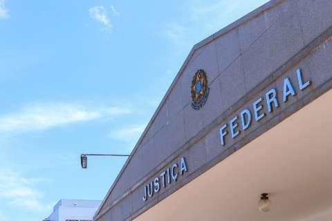 """Justiça não libera helicópteros e veículos do """"tráfico"""" para uso policial"""
