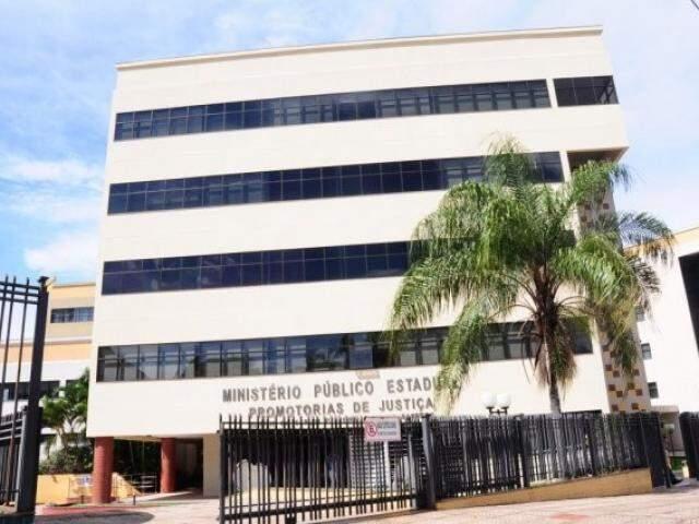 Prédio onde funcionam algumas promotorias do MPMS em Campo Grande (Foto: Paulo Francis/Arquivo)