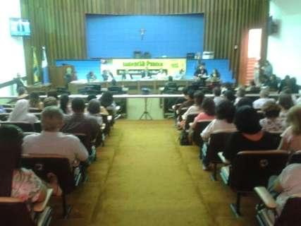 Tema da campanha da fraternidade, audiência debate tráfico de pessoas