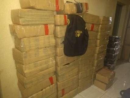 Polícia encontra 800 quilos de maconha em chácara abandonada na fronteira