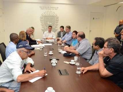 Governo recebe representantes de pescadores e marca nova reunião sobre cota zero
