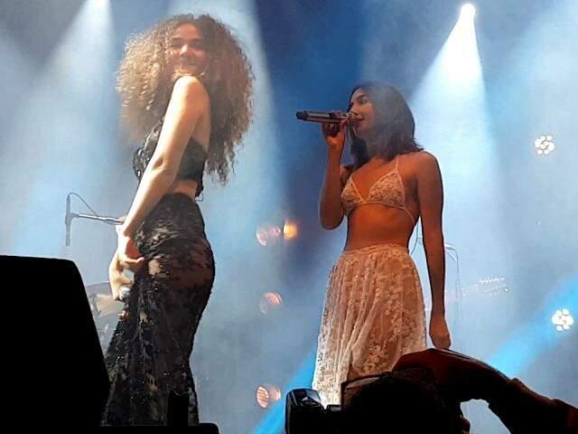 Com leveza no palco, dupla Anavitória encerra o Festival de Inverno de Bonito