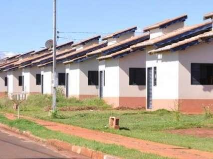 Agehab dá prazo de 10 dias para moradores regularizarem contratos