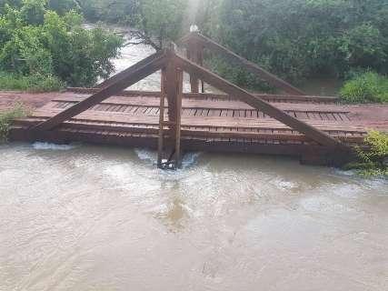 Mesmo sem chuva, nível no Rio Miranda sobe e alerta é mantido
