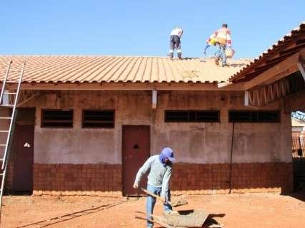 Vandalismo e furto de portas e janelas encarecem em 26% obra de escola