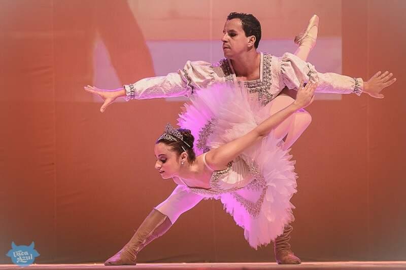Mostra contempla a dança clássica e a folclórica (Foto: Helton Perez/Vaca Azul)