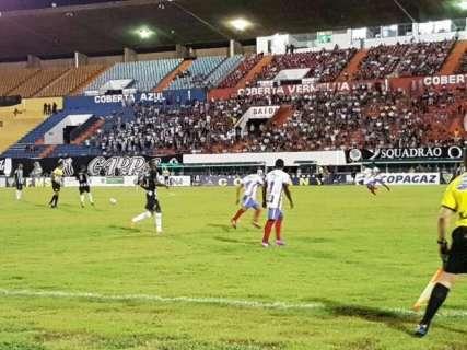 Operário começa mal, leva gol, mas vira e vence por 4 a 1 no Morenão