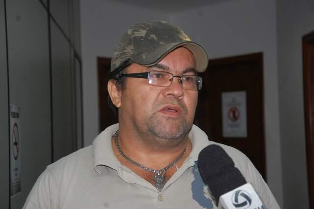 Nelson diz que não tem envolvimento no crime e fala que suspeita é por causa da 'fama'. (Foto: Pedro Peralta)