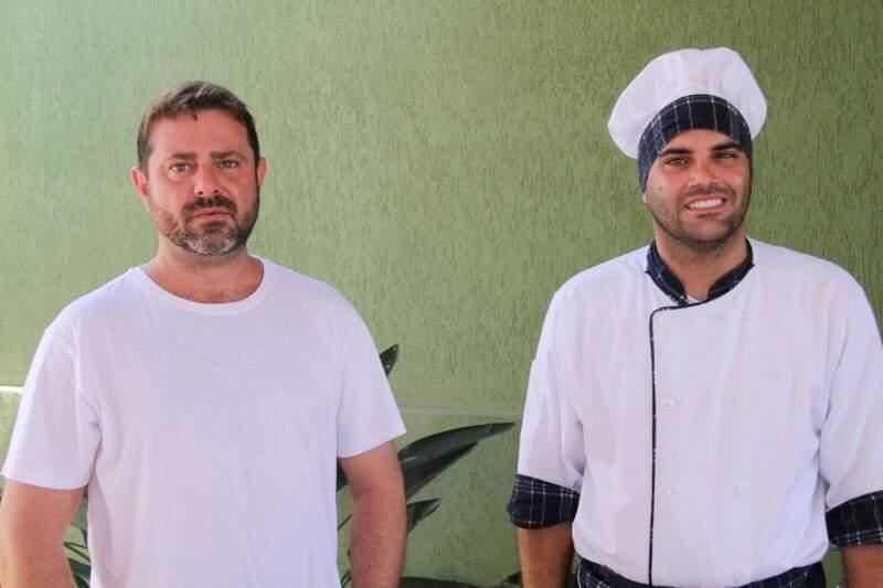 Os amigos Paulo Roberto da Costa Nogueira Filho e Walderley Remelli Junior. (Foto: Marcos Ermínio)