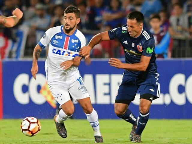 Os times voltam a se enfrentar Cruzeiro na abertura do returno do Grupo 5 da Libertadores, no Mineirão na próxima quinta-feira. (Foto: Conmebol / EFE / Divulgação)