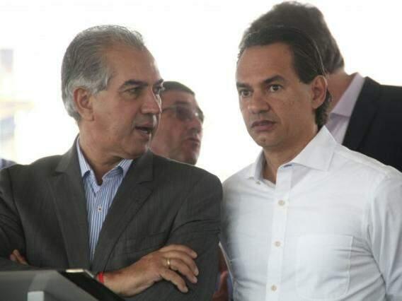 Governador Reinaldo Azambuja, PSDB, com o prefeito de Campo Grande, Marquinhos Trad, PSD. (Foto: Marcos Ermínio).