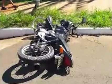 """Leitor flagra acidente e faz alerta a motociclistas: """"reduzam a velocidade"""""""