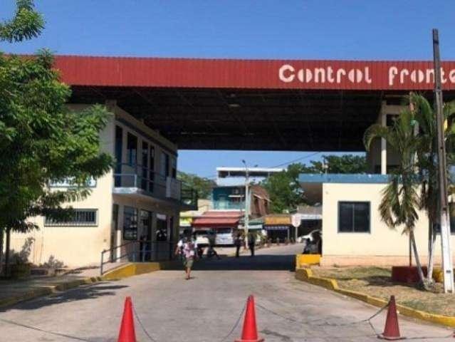 Com bloqueios e protestos, fronteira em Corumbá fica fechada pelo 5º dia