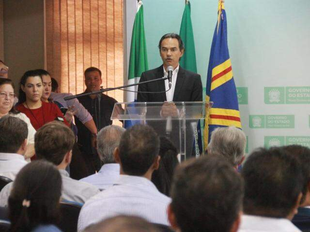 Prefeito de Campo Grande, Marquinhos Trad (PSD), durante discurso na governadoria. (Foto: Marcos Ermínio/Agenda).