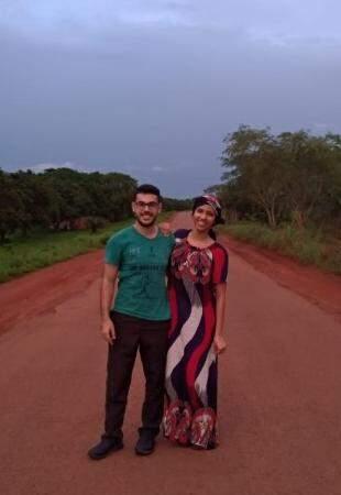 Registro do casal em Bissau, Guiné-Bissau (Foto: Arquivo Pessoal)