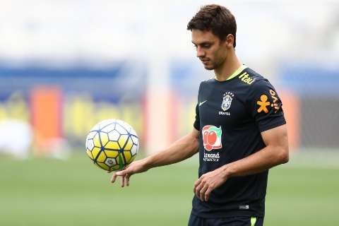 Rodrigo Caio, do São Paulo, reforça a Seleção na terça diante do Chile