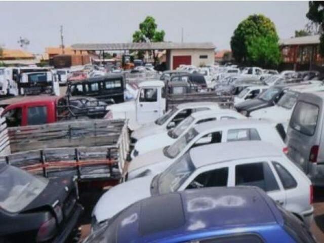 No total, são 30 veículo, entre carros e motocicletas (Foto: divulgação / TJ)